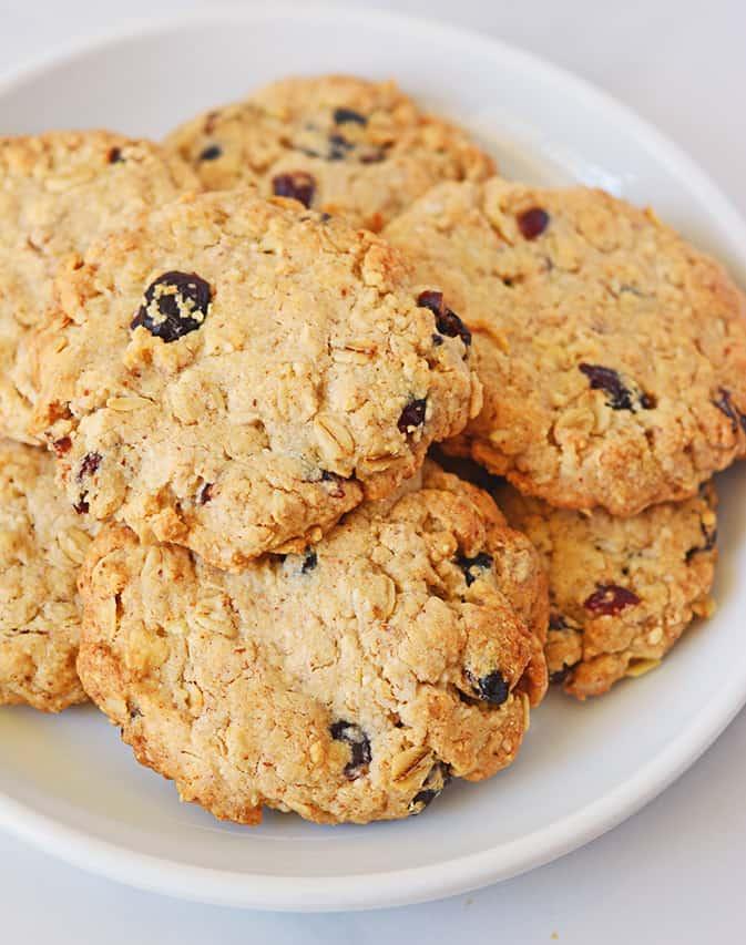oatmeal-cookies2_wb