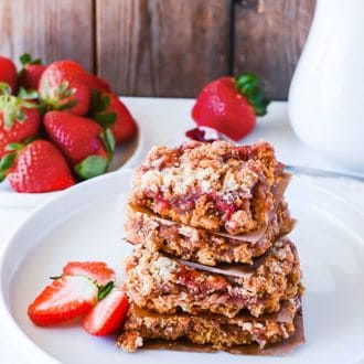 Strawberry Oat Bars (Gluten-Free Vegam)