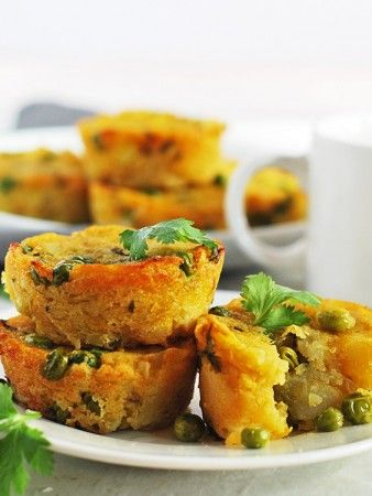 potatoes-and-peas-samosa-muffins673