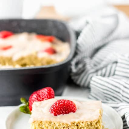 Strawberry Breakfast Cake (Vegan, Gluten-Free)