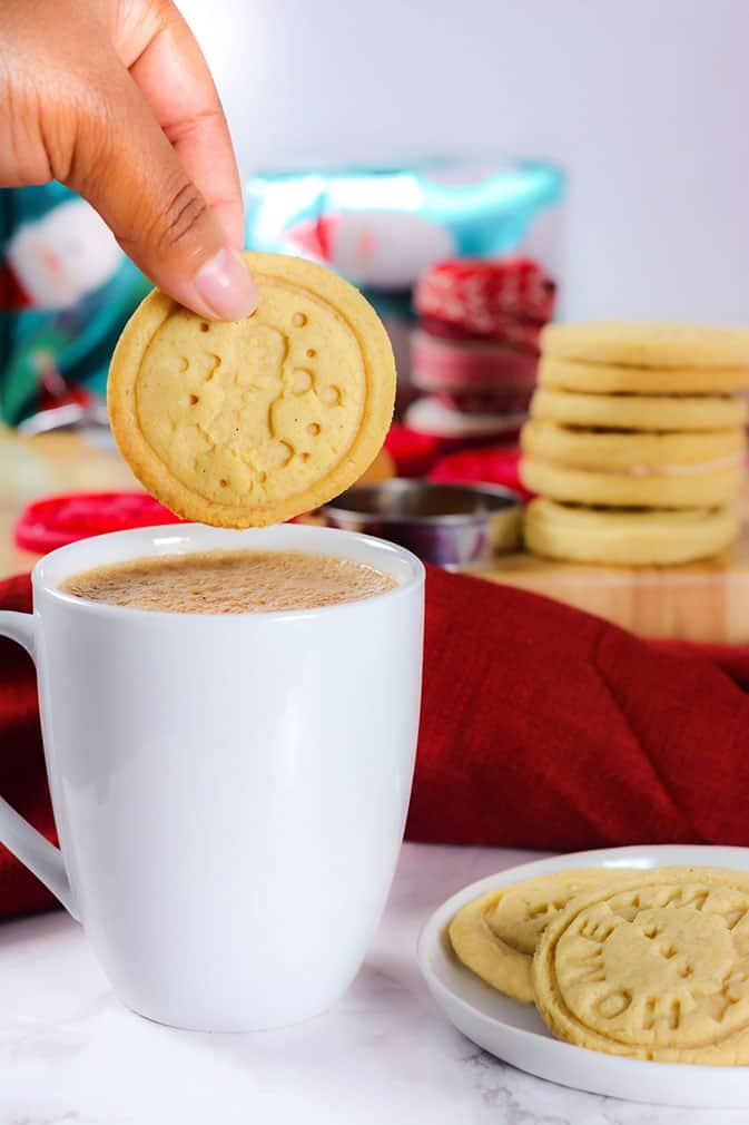 Stamped Almond Cookies ((Vegan, Gluten-Free)