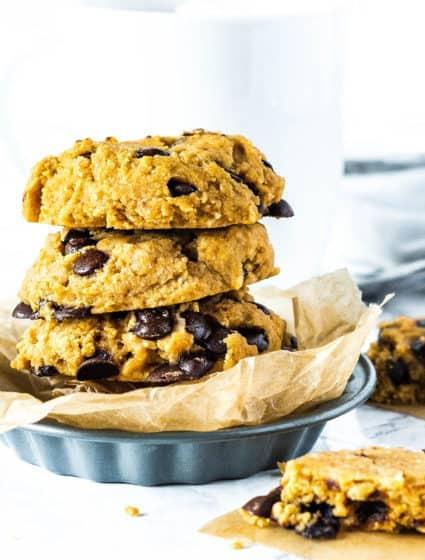 Vegan & Gluten Free Chocolate Chip Cookies