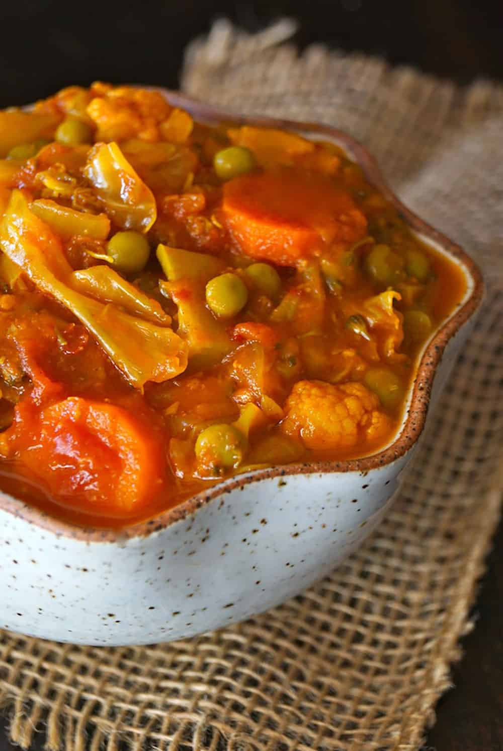 Vegan Tomato Turmeric Cabbage Stew