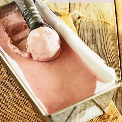 Strawberry Ice Cream No Churn (Vegan)