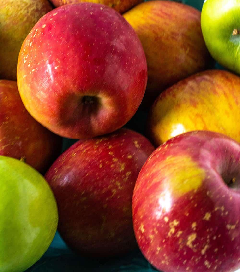 Healthy Vegan Apple Muffins
