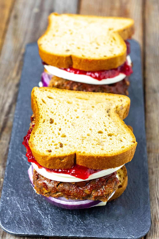 Easy Vegan Meatloaf Sandwich