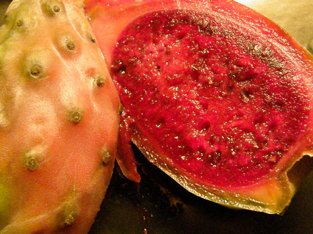 Tuna fruit cut in half