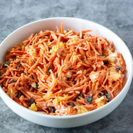 Vegan Carrot Raisin Salad