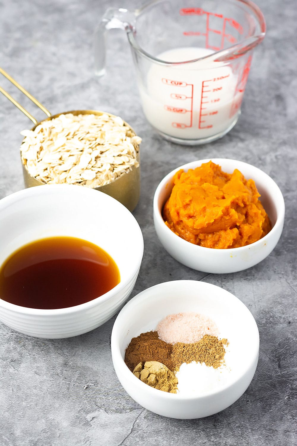 Ingredients for vegan pumpkin pancakes