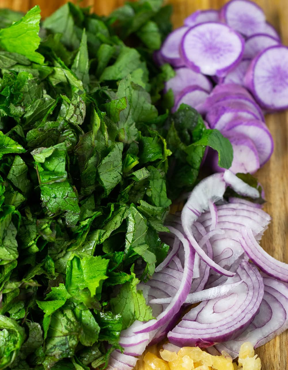 Chopped green radish leaves, purple radish slice