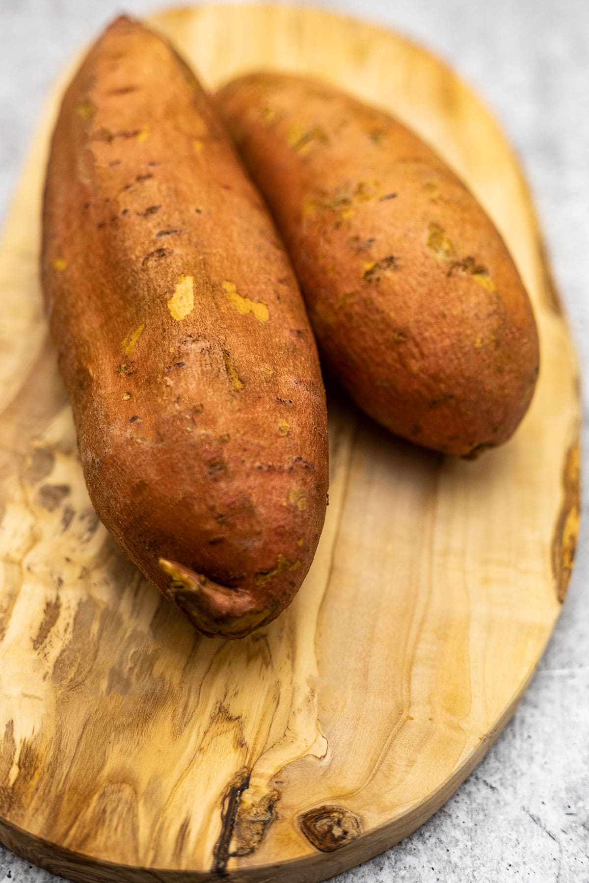 Sweet potatoes for baking in the air fryer