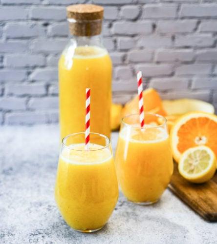 Orange lemonade drink